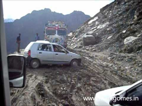 Bad Roads in India Bad Roads Rohtang hp India