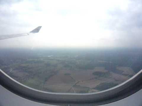 Qatar Airways Airbus A340-600 Landing at London Heathrow