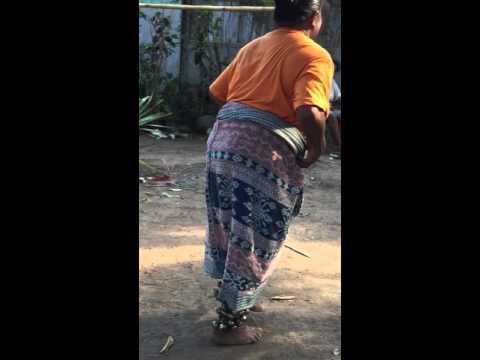 Mama Kartini , Hegong Maumere Sikka Traditional  Dancer