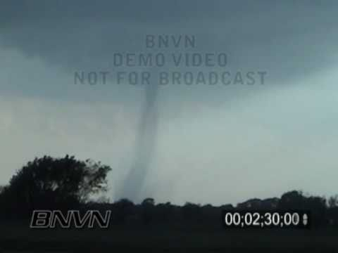 5/12/2004 Medicine Lodge Kansas Tornado Video
