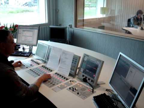 Radio Netherlands Start of broadcast for Surinam from RNW Studio 3