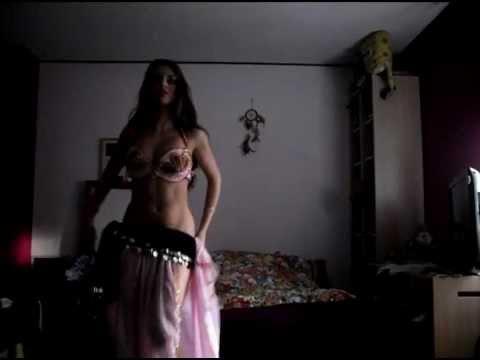 Najwa Karam -Kammil Aala Rouhi كمل على روحي Isabella 2011