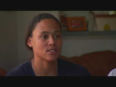 Marion Jones - after the prison - with her family