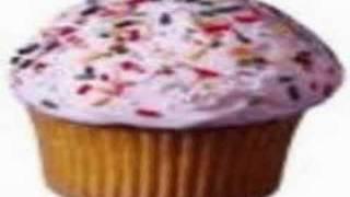 Watch Beck Cupcake video
