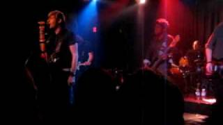 Watch Tender Idols Gettaway video