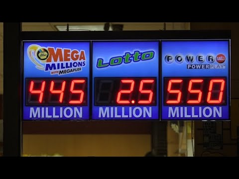 Dueling Lotteries Reach Combined Jackpot of $1B