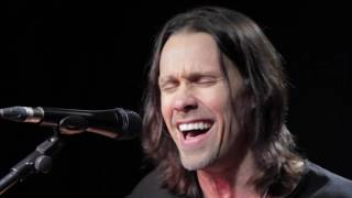 Alter Bridge   Myles Kennedy - Show Me A Leader (Live at Planet Rock)