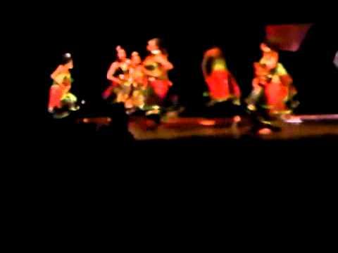 Tari Kreasi Baru ( The Bijis ) video