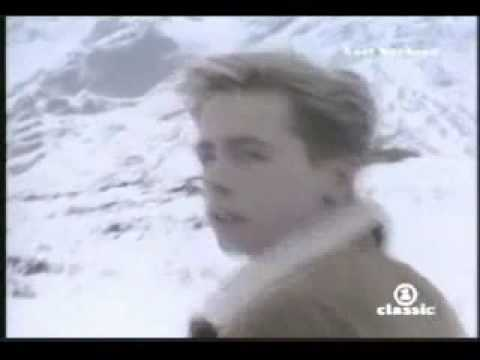 Nick Heyward - Whistle Down The Wind Video