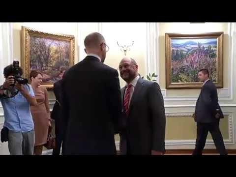 Yatsenyuk meets Schultz