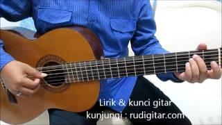 download lagu Belajar Kunci Gitar Dadali Disaat Aku Tersakiti Petikan gratis