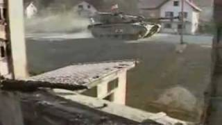BOSNIA  CHALLENGER TANKS ON DUTY 24.1.96