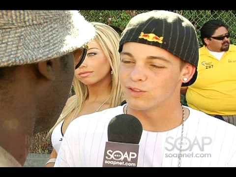 2008 Teen Choice Awards Sam Sarpong interviews on Red Carpet Video