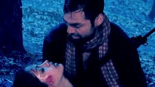 Abhay Deol saves Anjali Patil | Chakravyuh