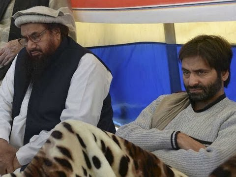 Yasin Malik shares dias with Hafiz Saeed in Pakistan