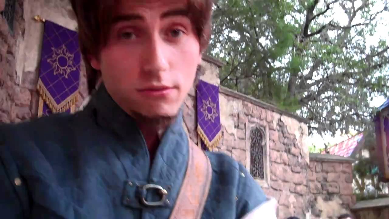 Flynn Rider Disney World Smolder - Viewing Gallery Enable Javascript    Flynn Rider Disney World 2013
