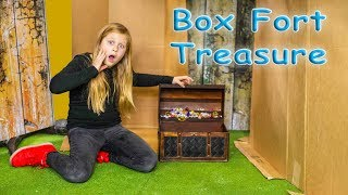 Assistant Ultimate Giant Box Fort Mansion Treasure Hunt and Paw Patrol Lookout