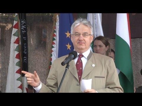 Az Országos Vadásznap megnyitója a megújult Grassalkovich-kastélynál