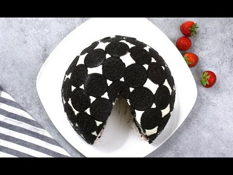 Upside Down Oreo Cake (No Bake)