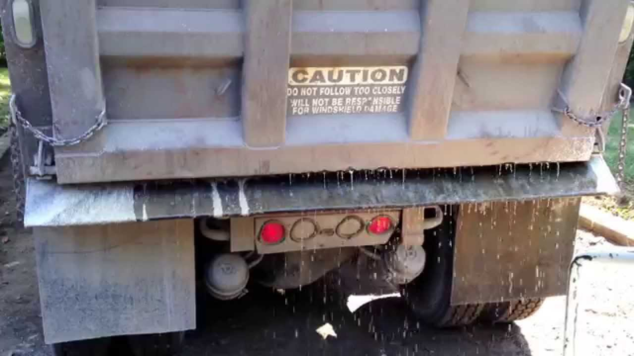 Too Fast Tri Axel Dump Truck Tailgate Spread Overshoots