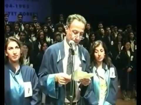 Kemal Sunal - Marmara Üniversitesi İletişim Fakültesi Mezuniyet Töreni 1995