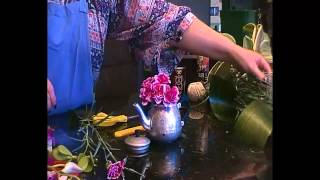 How to create a flower arrangement in a teapot - perfect for Mother