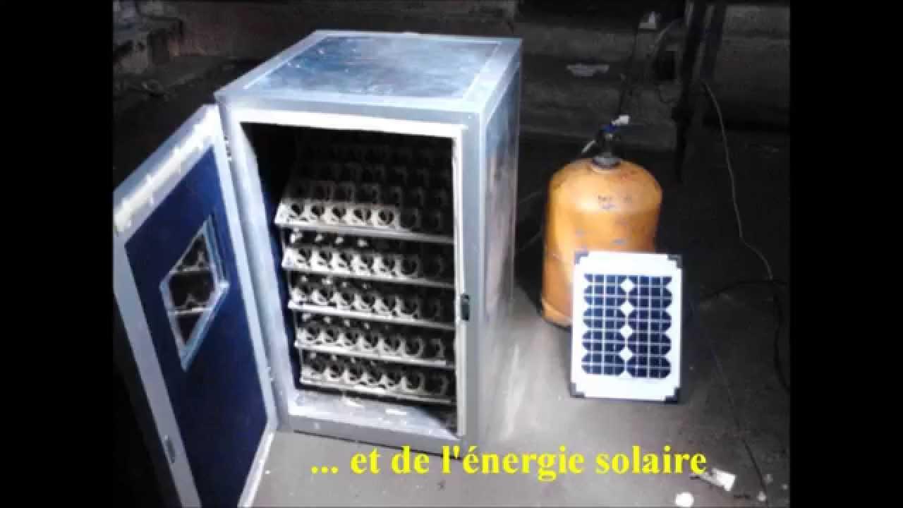 Couveuse automatique et autonome youtube for Lampes solaires interieur
