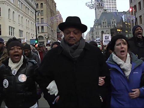 Jesse Jackson Leads Milwaukee Rally