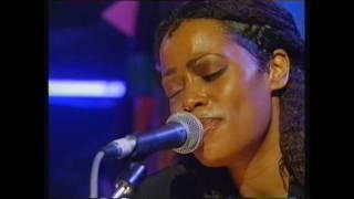 Watch Desree I Aint Movin live video