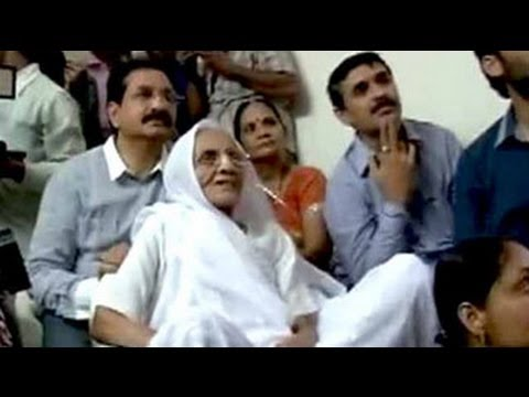 Narendra Modi's mother watched him being sworn-in as PM on TV