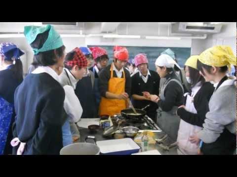 Japanese High School Cooking Class!!