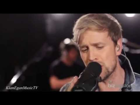 Kian Egan - Biz Session / Live Performance 'The Reason' klip izle