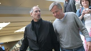 Steve Jobs quietly stops by Apple Store - Must watch this!