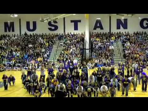 Rolling Meadows High School Homecoming Pep Assembly Faculty Flashmob!