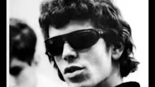 Watch Lou Reed Make Up video