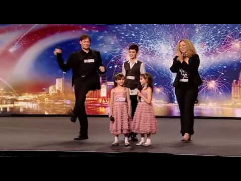 Good Evans - Singing Family - Britains Got Talent 2009 Ep1