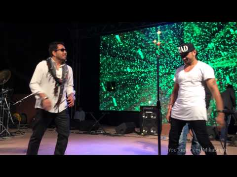 Mika Singh & Yo Yo Honey Singh Enjoying on Stage