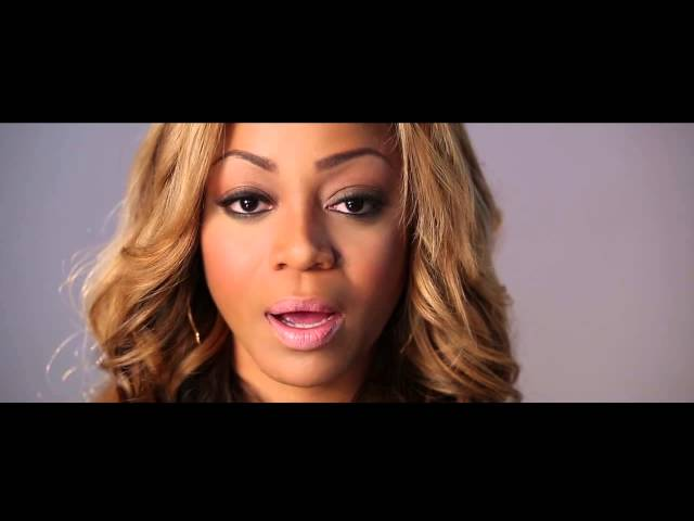 LaTavia Roberson Yells for her Moms!!