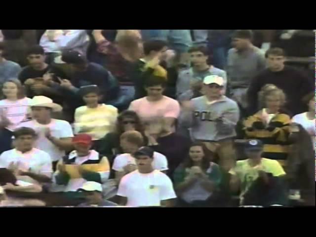 Oregon RB Kealii Clifford runs for a short TD vs. WSU 9-07-1991