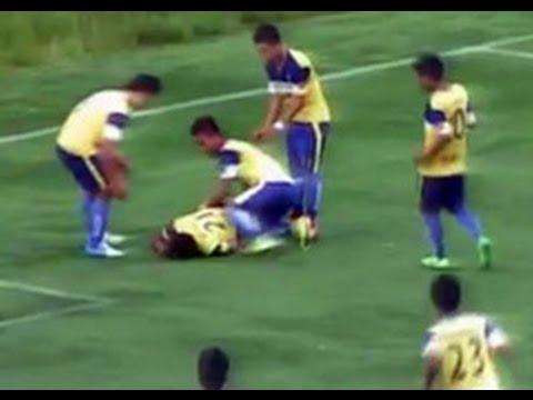 футболист умер, отмечая забитый гол