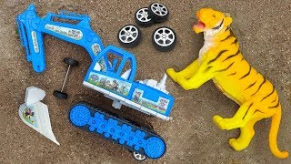Assemble excavator vehicles with you tiger, crocodile, dairy cow - FMC H1103T children's toys