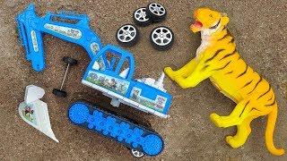 Lắp ráp xe máy xúc với bạn hổ, cá sấu, bò sữa - đồ chơi trẻ em FMC H1103T