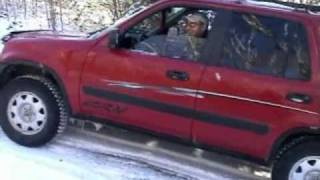 Traction test on icy road with an Honda CRV 2000 manual