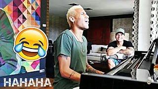 NEYMAR Cantando e Tocando Piano ''É TOIS'' - HAHAHAHA!