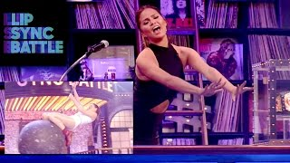 Chrissy Teigen Loves Anne Hathaway's Wrecking Ball | Lip Sync Battle