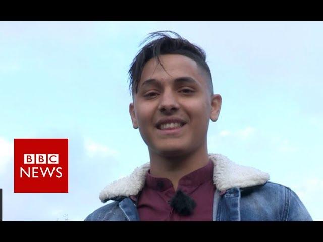 Ronaldo 'lookalike' sets up Bristol Roma football team - BBC News