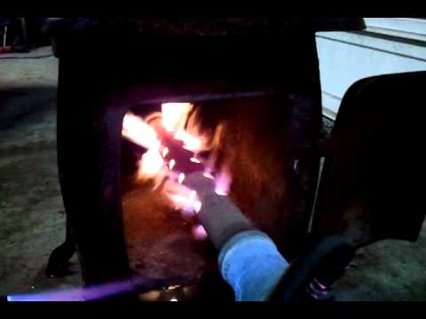 Skotschir Industries DIY Affordable and Easy to make Waste Oil Burner! Works Great! Must see!