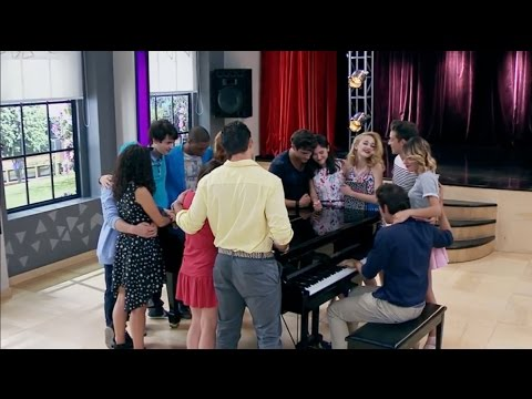 """Violetta 3 - Todos cantan """"Ser mejor"""" (final extendido)"""