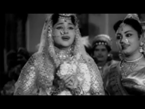 Mannavan Kulam Paramma - Padmini, M.g.r - Rani Samyuktha - Tamil Song video
