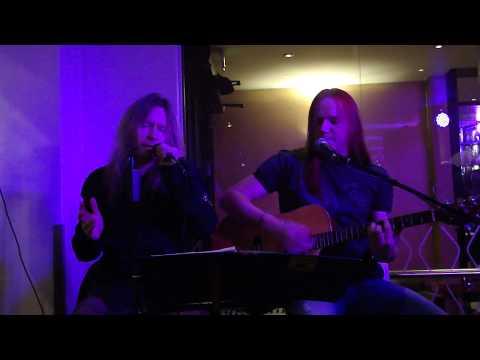 Timo Kotipelto&Jani Liimatainen - Livin' On A Prayer acoustic live 28.11.2009 [HQ]